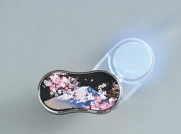 Fujizakura (Mt. Fuji Cherry Blossoms) Lacquered LED Magnifying Glass (B)